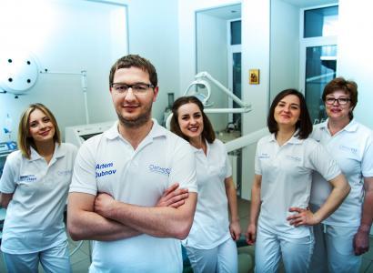 Команда OrthoGO - наши знания и умения и ваш позитивный настрой и доверие - формула вашей улыбки!